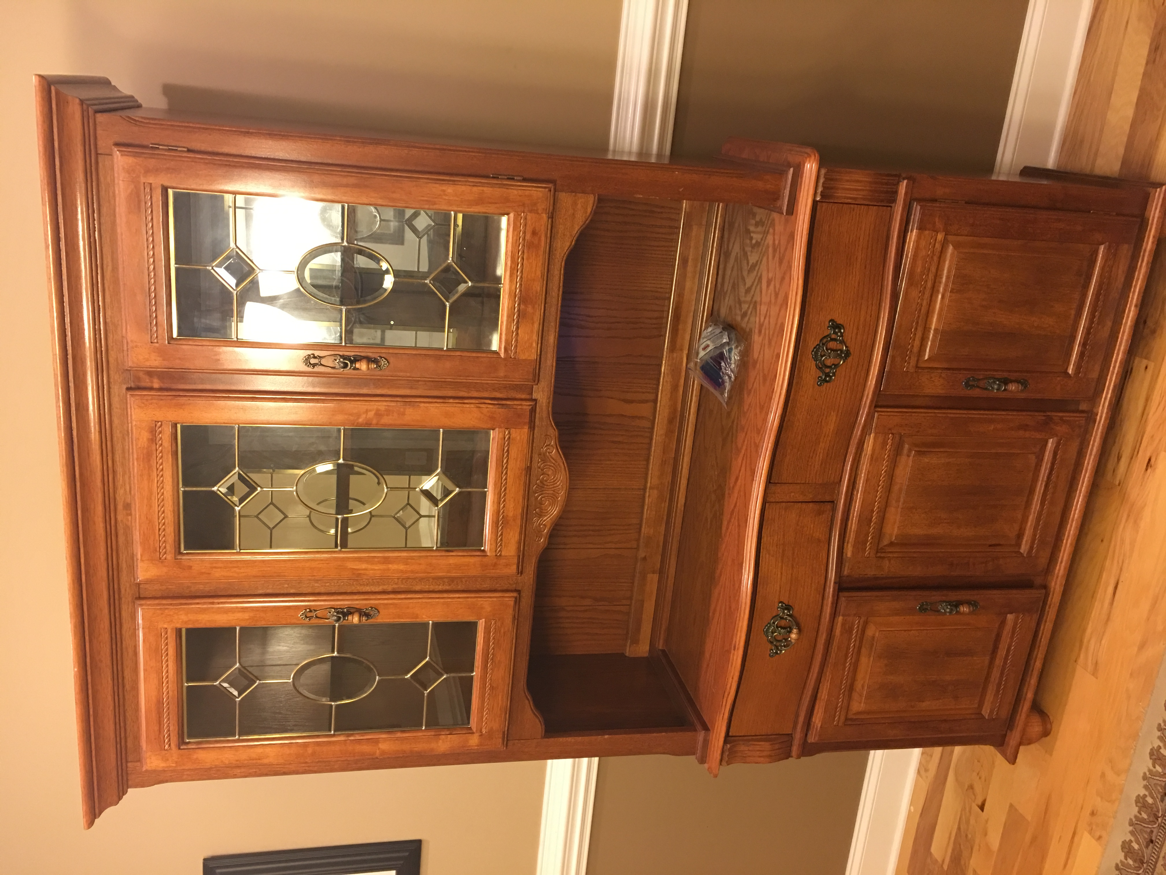 Greenville sc dining room set lighted glass china hutch for Dining room hutch for sale